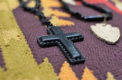 画像2: 【Rooster King&co./ルースターキング】 Black Cross Rosario Necklace ブラッククロス ロザリオネックレス